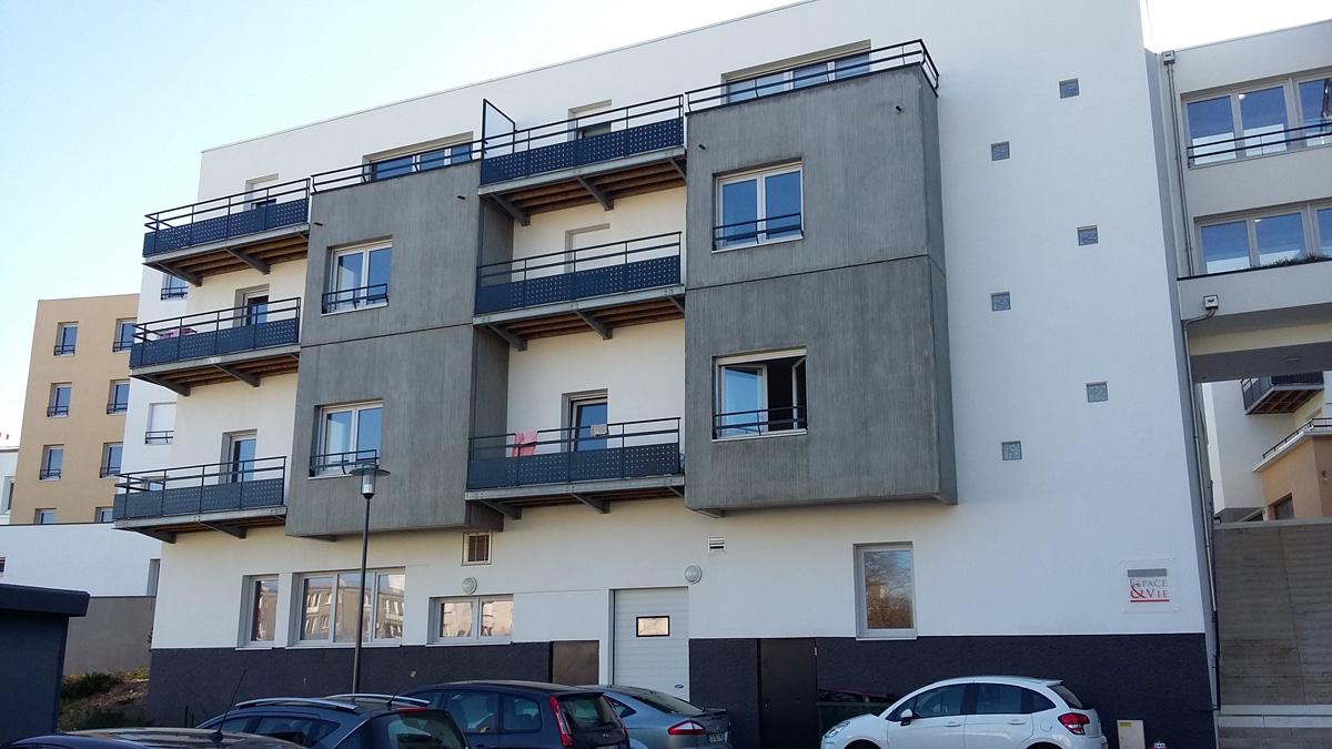 garde corps terrasse moderne brise vue pour terrasse appartement garde corps en verre bois ou. Black Bedroom Furniture Sets. Home Design Ideas