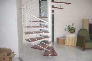 Escalier hélicoïdal bois acier Finistère nord