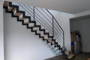 escalier en acier à crmaillère